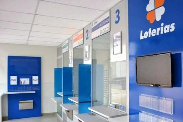 Agências bancárias e lotéricas estão abertas durante lockdown no DF