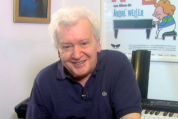 """João Roberto Kelly: """"Eu não sei como é que pode, não ter jogo por aqui… oficial não, clandestino sim!"""""""