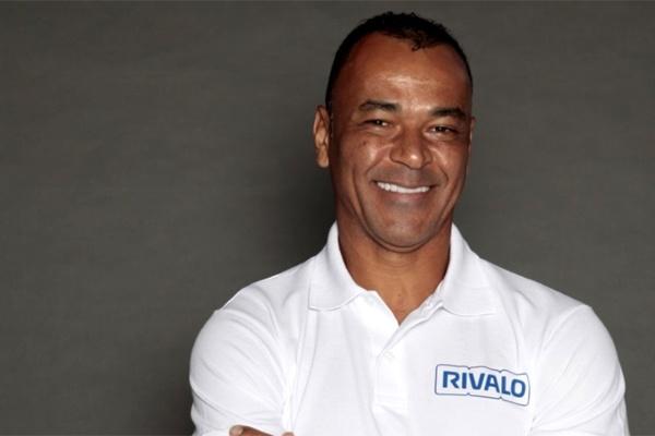 Campeão mundial em 2002, Cafu se torna embaixador da Rivalo